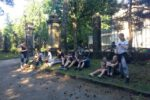 anschließend Picknick vor dem Friedhof