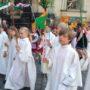 Von der kathedrale geht die Prozession zum Stallhof und weiter durch die Straßen unserer Stadt