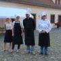 Das Super-Küchen-Team in feiner Kleidung