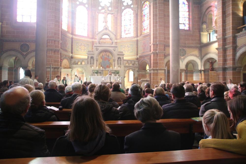 Das wunderbare Licht in der Kirche